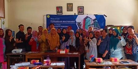 Kegiatan Pengabdian Masyarakat Dosen MP FIP UNJ – Pelatihan Pengembangan Kompetensi Pengelola Perpustakaan Sekolah Jakarta