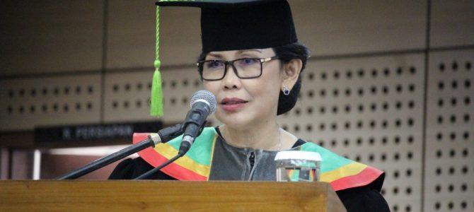 Pengukuhan Guru Besar Prof. Dr. Unifah Rosyidi, M.Pd
